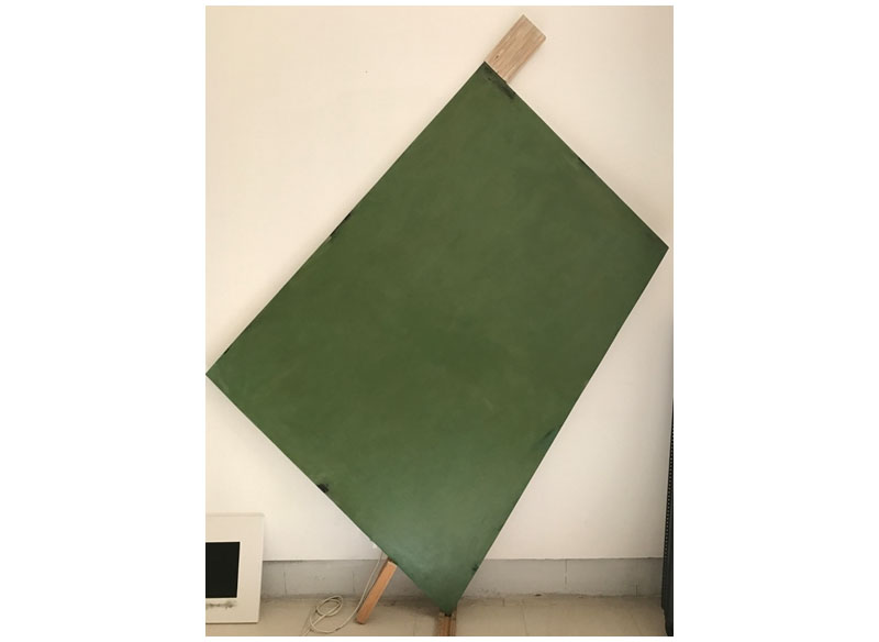 Jesús Matheus Trapezoide con apéndice 2017 Acrílico, óleo /lienzo, madera. - 168x125x2,5 cm.