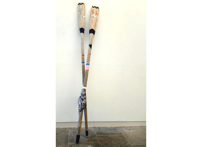 Lia Ateca - (Lenguas para la mer). 2018 Acrílico sobre madera.  2 remos de 205x23x06 cm Precio: 1.200.- €